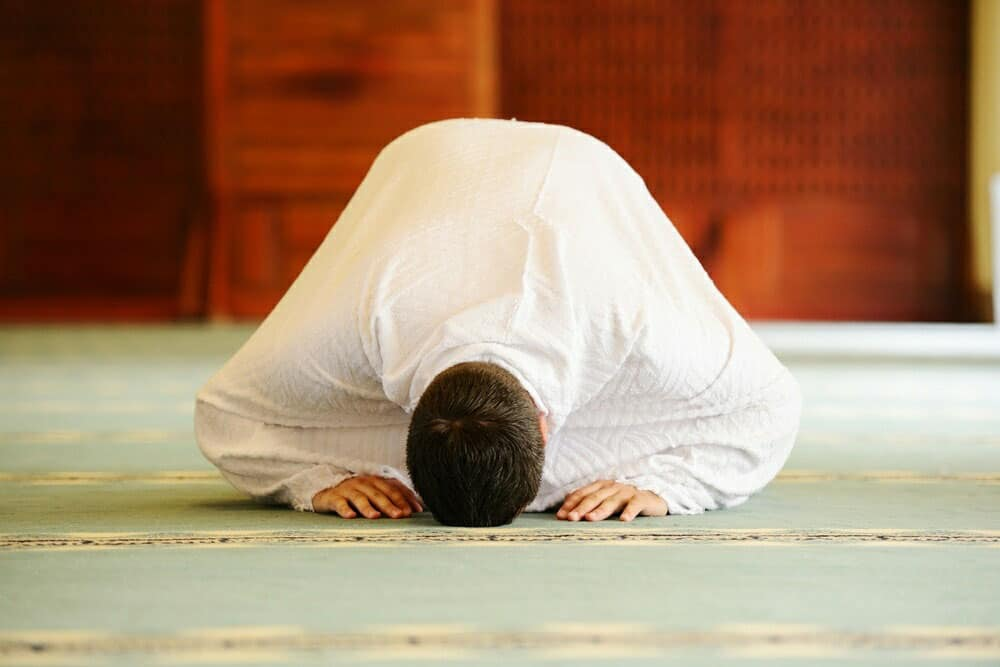 Benefits and Blessings of 5 Times Prayers in Islam